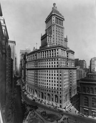 standard-oil-building-at-26-broadway-everett